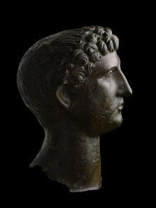 Hadrian_head_side