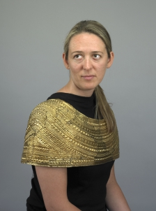 Mold_gold_cape_photograph